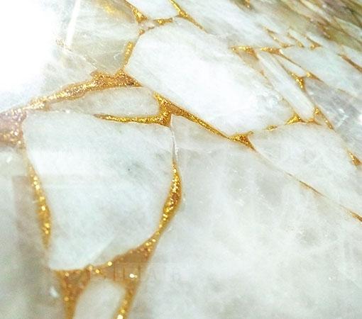 white-quartz-with-golden